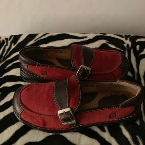 Born 2 Tone Brick Red Suede Brown Loafer Size 8